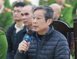 """Cựu Bộ trưởng Nguyễn Bắc Son đề nghị luật sư không """"cãi"""" tội nhận hối lộ"""