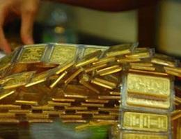 Giá vàng biến động mạnh, tăng gần 1 triệu đồng/lượng phiên khai Xuân