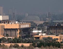 Tên lửa rơi cách Đại sứ quán Mỹ ở Iraq 100m, còi báo động inh ỏi