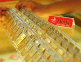 Giá vàng tăng vọt lên mức cao nhất 7 năm
