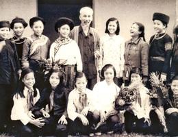 Nhớ mãi tình cảm đặc biệt Bác Hồ dành cho Lào Cai!