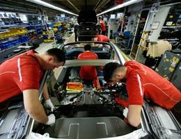 Giá xe châu Âu vào Việt Nam sẽ giảm bao nhiêu khi bỏ thuế?