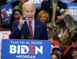 """Joe Biden tiếp tục thắng đậm trong """"Siêu thứ Ba"""" lần hai"""