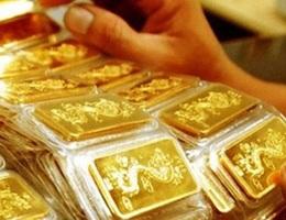 Giá vàng sụt giảm từ đỉnh cao 7 năm
