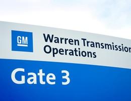 GM bắt đầu làm khẩu trang, Ford chuẩn bị sản xuất máy thở