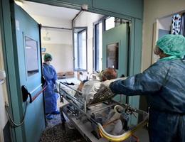 Số người tử vong vì Covid-19 tại Italia vượt 17.000