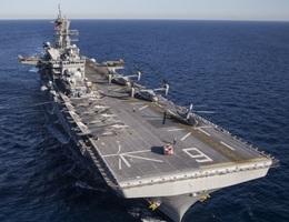 Hai tàu chiến Mỹ tới Biển Đông, nghi hoạt động gần tàu khảo sát Trung Quốc
