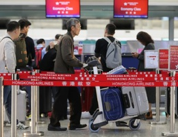 Người giàu Hong Kong mua nhà ở nước ngoài, tìm cách di cư