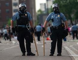 Làn sóng bỏ việc của các nhân viên cảnh sát Mỹ