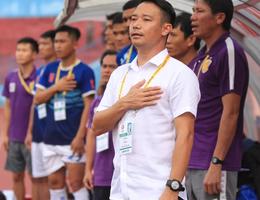 HLV Vũ Hồng Việt xin từ chức sau trận thua CLB Viettel