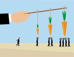 Để tạo động lực cho nhân viên, nên dùng 'cây gậy' hay 'củ cà rốt'?