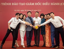 """Học """"CEO – Quản trị điều hành thời VUCA"""" TP Hà Nội tài trợ 50% học phí"""