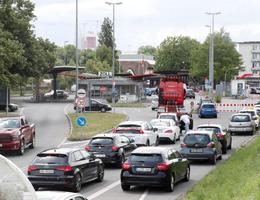 Các hãng xe chạy đua với hạn chót về cắt giảm khí thải của EU