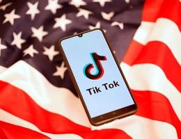 Ngân hàng lớn thứ 5 thế giới cấm nhân viên sử dụng TikTok