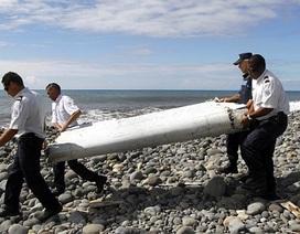 Người dân thấy mảnh vỡ và bánh máy bay từ 2 tháng trước?
