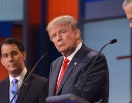 Tỷ phú Mỹ lấn át đối thủ tranh cử tổng thống trong cuộc đấu khẩu nảy lửa