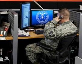 IS tuyên bố đánh cắp thành công dữ liệu của 1.500 viên chức Mỹ