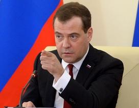 Thủ tướng Medvedev nói máy bay Nga có thể bị tấn công khủng bố