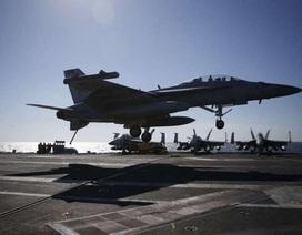 """Máy bay Nga bị """"tố"""" áp sát tàu sân bay hạt nhân Mỹ"""