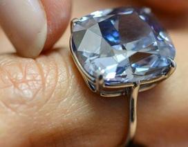 Viên kim cương xanh cực hiếm giá gần 50 triệu USD