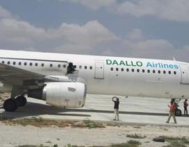 Somali công bố video nghi phạm đánh bom nhận laptop chứa chất nổ