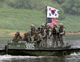 Donald Trump khuyến khích Nhật, Hàn phát triển vũ khí hạt nhân