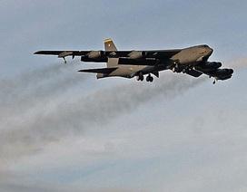 """Mỹ triển khai """"pháo đài bay"""" B-52 diệt IS"""