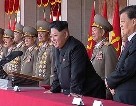 """Báo Trung Quốc """"mắng"""" cư dân mạng chỉ trích lễ duyệt binh của Triều Tiên"""