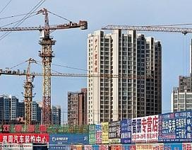 """Trung Quốc đối mặt nguy cơ """"thành phố ma"""" nở rộ"""