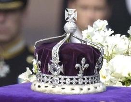 """Ấn Độ đòi Anh trả lại viên kim cương """"khủng"""" trên vương miện Nữ hoàng"""
