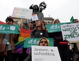 Ba Lan sẽ không tiếp nhận người di cư sau vụ tấn công khủng bố Paris