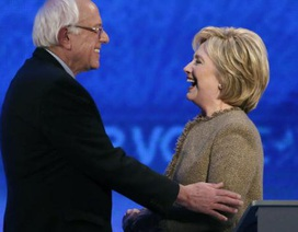 Hillary Clinton ủng hộ chiến lược tiêu diệt IS của ông Obama