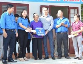 Tuổi trẻ chung tay góp sức xây cầu, nhà nhân ái chào mừng Đại hội Đảng