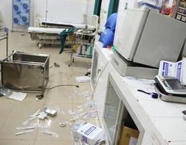 Côn đồ mang mã tấu vào tận phòng cấp cứu truy sát bệnh nhân