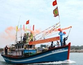 Ngư dân tưng bừng xuất bến đầu năm