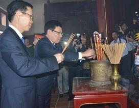 Lãnh đạo Đảng, Nhà nước dâng hương tưởng nhớ Thủ tướng Phạm Văn Đồng