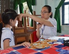 Hơn 4.700 học sinh được khám mắt và cấp thuốc miễn phí