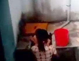 Vụ dọa thả trẻ mầm non xuống bể nước: Đình chỉ 2 cô giáo
