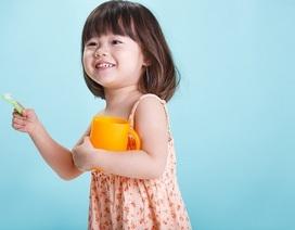 Chăm sóc răng miệng cho bé: Tưởng dễ mà khó!