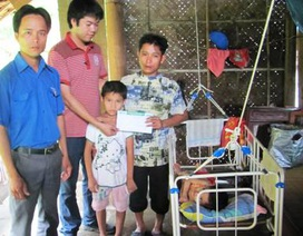 Hơn 25 triệu đồng đến với 2 em bé bị bò húc trọng thương