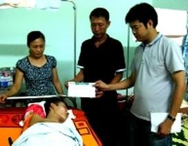 Tiếp thêm sức mạnh đến trường cho em Trần Văn Bảo