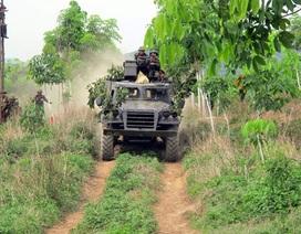 Uy lực bộ binh trong diễn tập đánh địch đổ bộ đường không