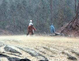 Đội mưa thi công đường vào nơi an táng Đại tướng
