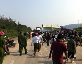 Dân chặn đường sau tai nạn, quốc lộ ùn tắc nhiều giờ đồng hồ