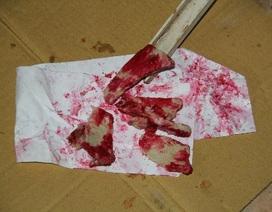 Hoang mang thịt heo chín xuất hiện màu đỏ máu