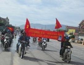 Hơn 1.000 công nhân Formosa tuần hành phản đối Trung Quốc