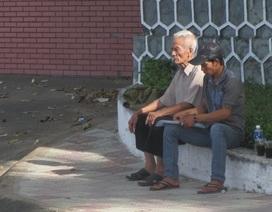 Bố Huỳnh Văn Nén nhận được quyết định hủy án của con