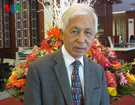 """Giáo sư Trần Thanh Vân trăn trở về """"trải thảm đỏ"""" đón nhân tài"""
