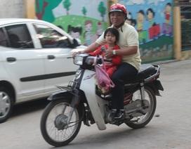 Sau Tết: Học sinh giảm đi xe máy, tăng tình trạng không đội mũ bảo hiểm