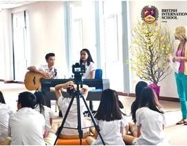 Con bạn có tham gia trình diễn Âm nhạc và biểu diễn Nghệ thuật ở trường?